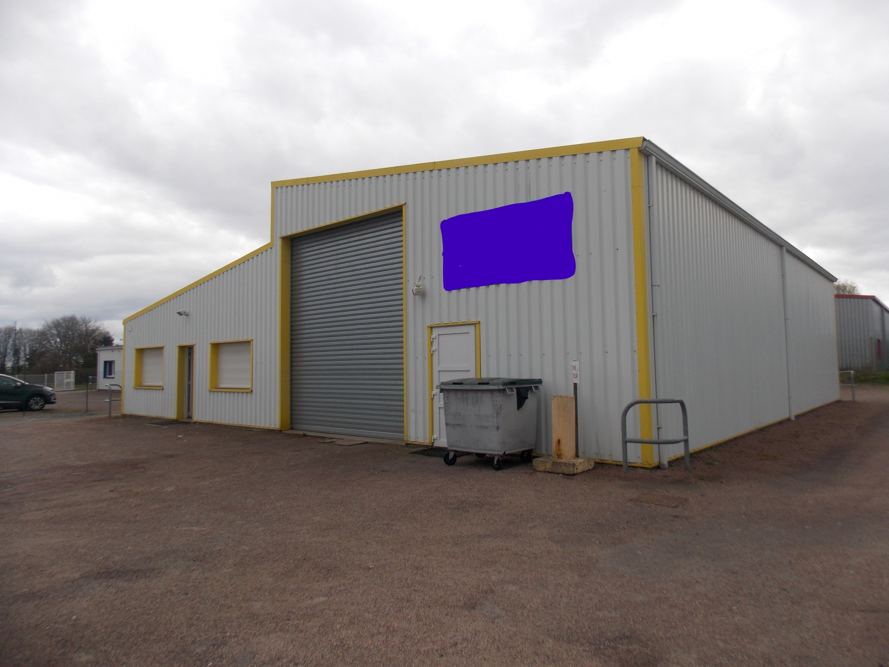 Lisieux achat de b timent industriel de 320 m2 lisieux for Cout batiment industriel m2